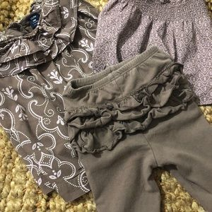 Baby Gap 3 Piece Outfit in Brown and Pink. Sz 0-3M